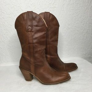 JESSICA SIMPSON Daisy Brown western Boots. Size 8